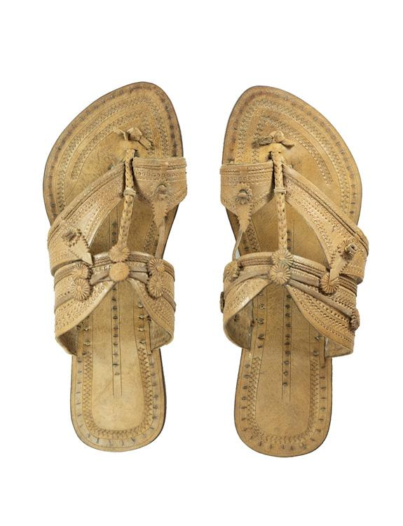 Kalapuri Women's Handcrafted Vegetable Tanned Leather Kolhapuri Chappal in Shahu Maharani Style - Natural