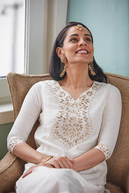 Divine Light Embroidered White Kurta For Women