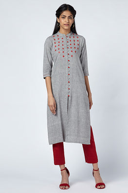 Okhai 'Ipsa' Suf Embroidered Cotton Handloom Kurta