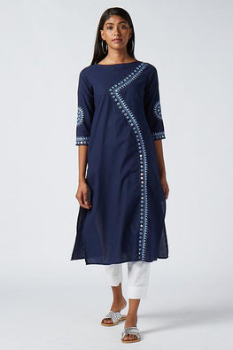Okhai 'Yami' Embroidered Cotton Kurta