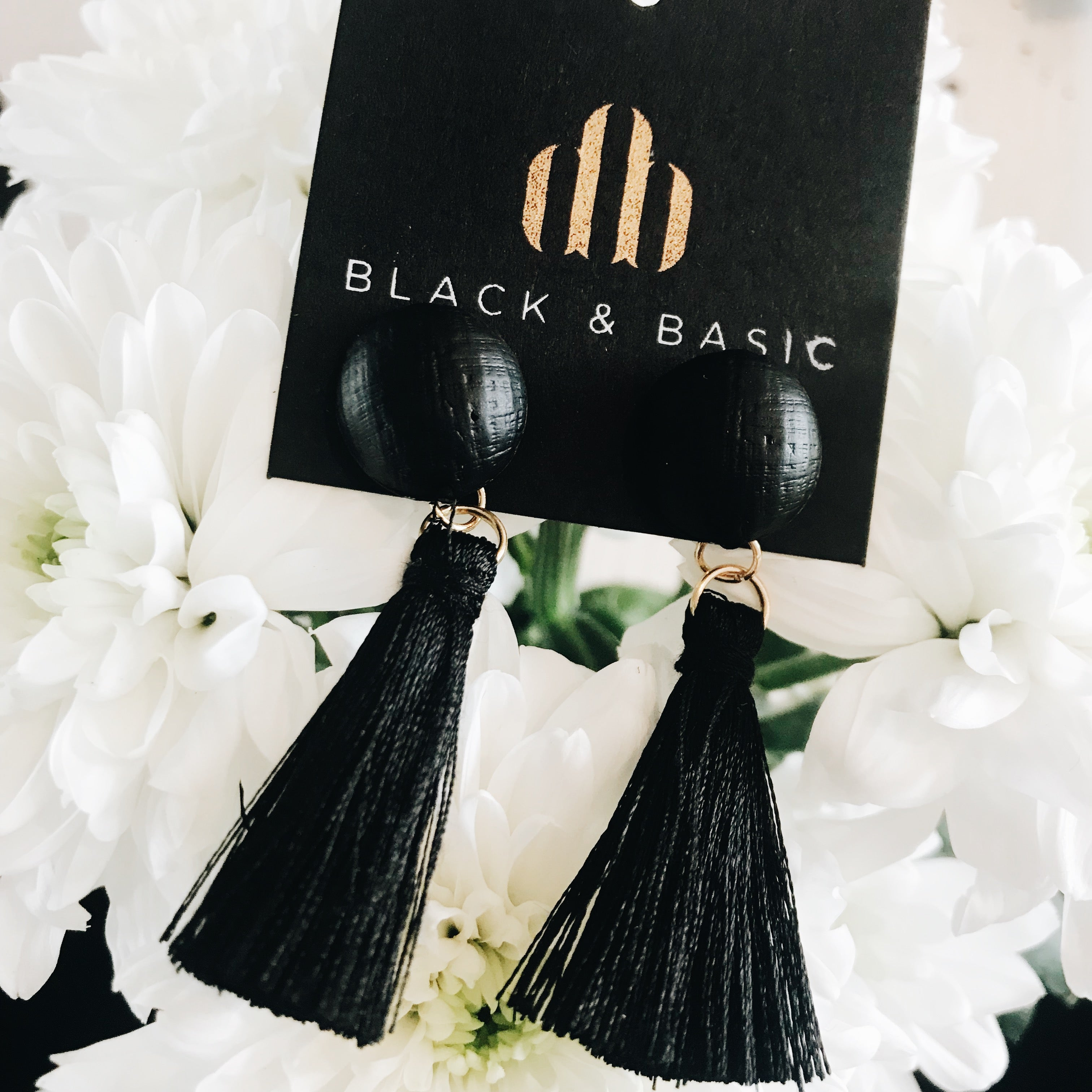 Tassel buttons black - earrings
