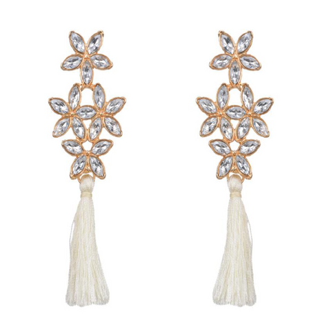 Tassel flower - white