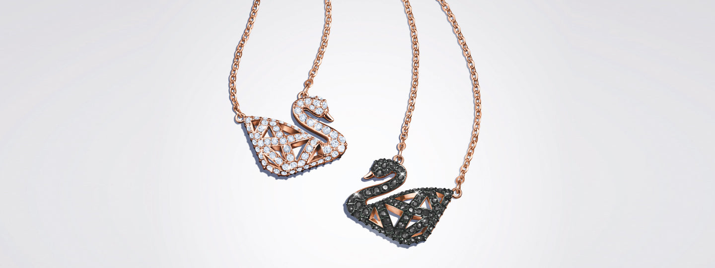 THE NEW FACETS OF THE ICONIC COLLECTION