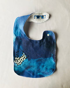 """Ocean Blue"" Organic Cotton Feeding Bib"