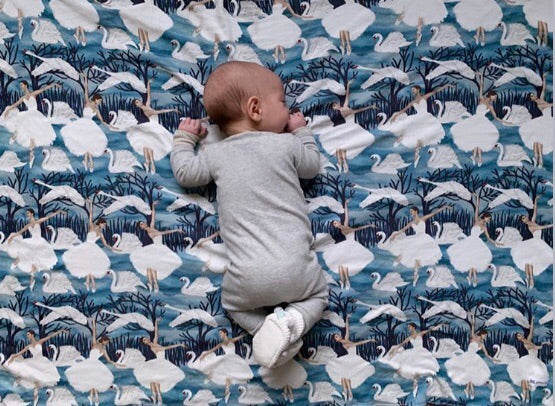 SWAN LAKE Organic Cotton Swaddle Blanket