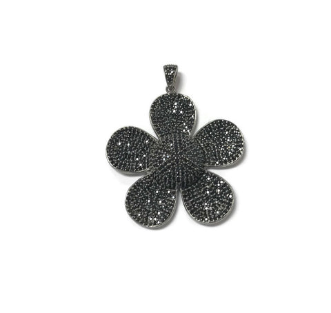 Black Spinel Daisy Pendant - Domaine Designs