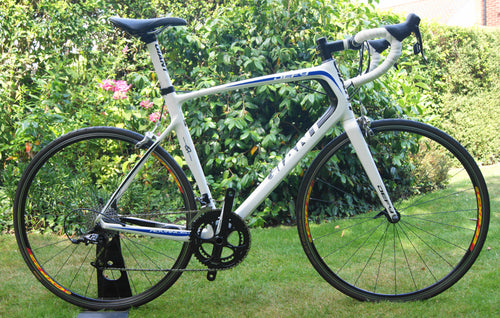 Giant Defy Advanced Carbon Road Bike