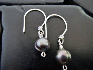 Simple Black Freshwater Pearl Drop Earrings