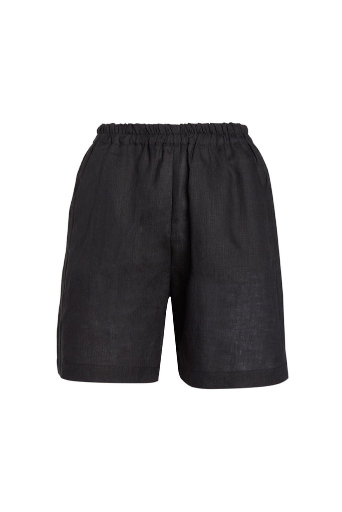 The Studio Short in Black