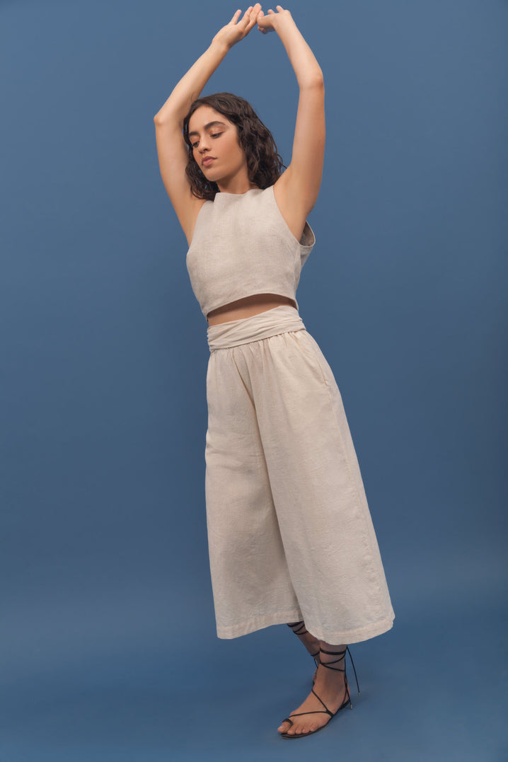 The Vista Tie-Back Top in Oatmeal (M/L only)