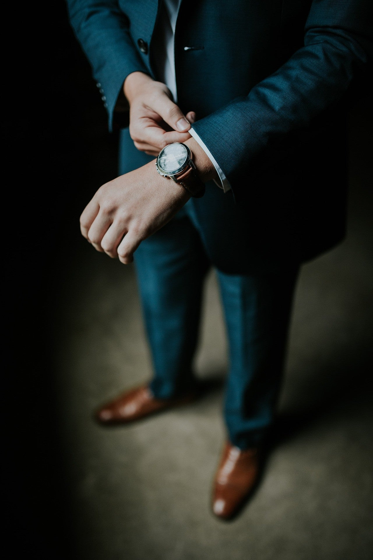 Why You Have To Wear A Watch To Your Interview