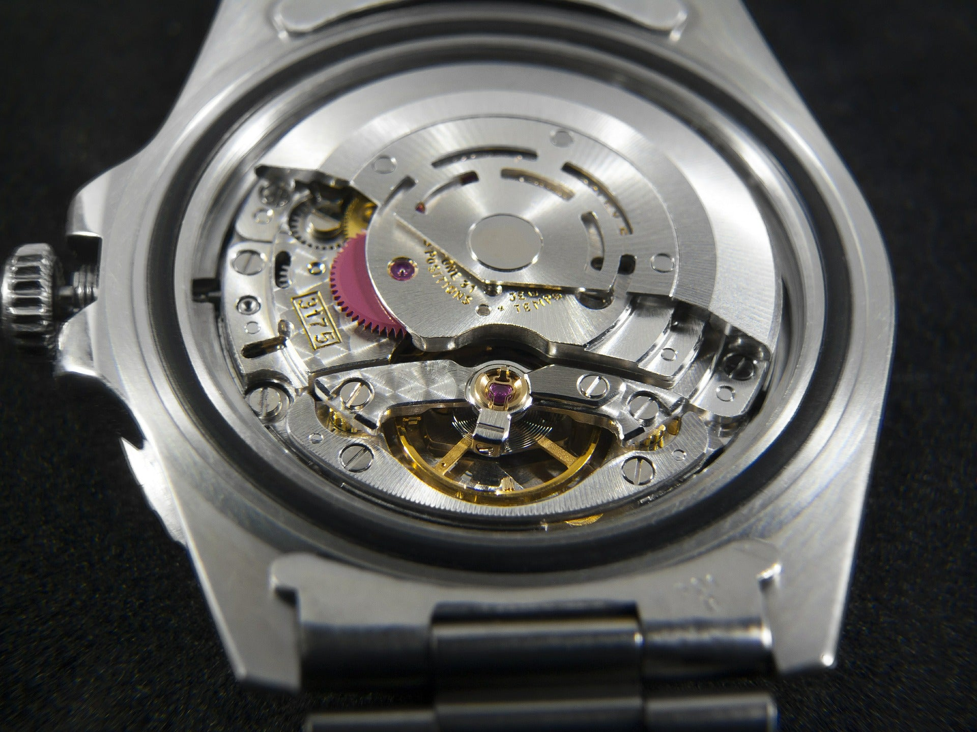 Why Watch Repairs Should Be Left to the Professionals