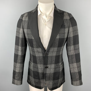 MESSAGERIE Size 36 Grey & Black Plaid Wool Blend Peak Lapel Sport Coat