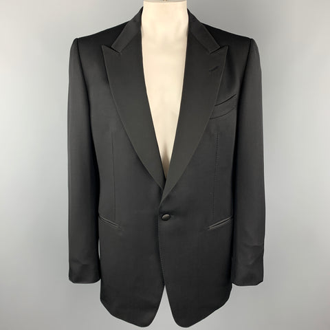 TOM FORD Size 46 Black Silk / Rayon Peak Lapel Single Button Tuxedo Long Sport Coat
