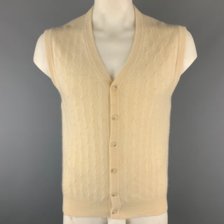 BRAEMAR M Cream Cable Knit Cashmere V-neck Buttoned Sweater Vest