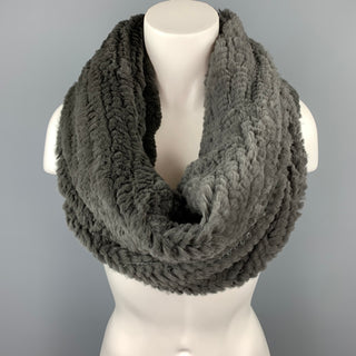 COLLECTION PLUME Eternity Woven Grey Fur Shawl