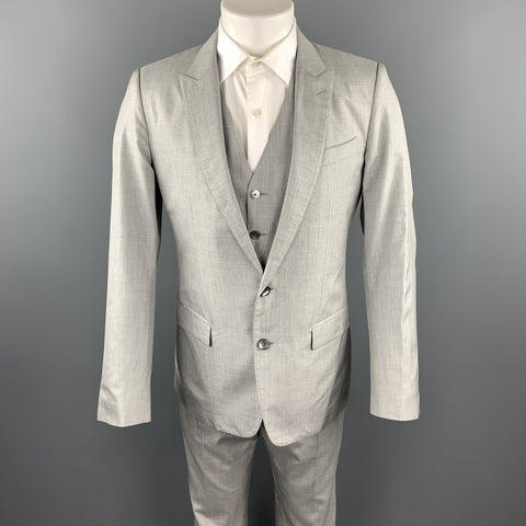 DOLCE & GABBANA Size 38 Regular Light Grey Silk Peak Lapel Suit