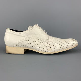 N.D.C. Size 10 White Perforated Patent LeatherPointed Toe Dress Shoes