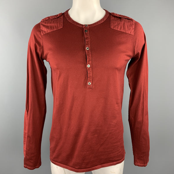 NICE COLLECTIVE Size L Brick Red Cotton Epaulettes Henley