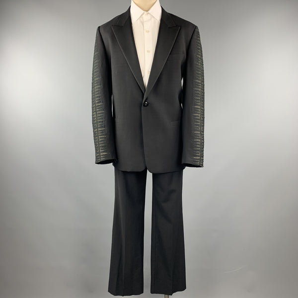 GIANNI VERSACE Size 42 Black Embroidered Sleeve Wool Peak Lapel Tuxedo
