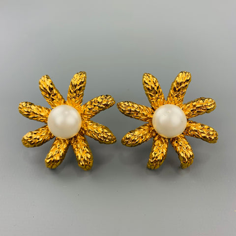 CHANEL Vintage Gold Tone Faux Pearl Flower Clip On Earrings