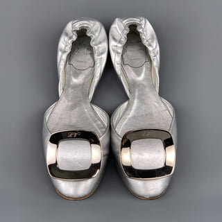 ROGER VIVIER Size 6.5 Silver Leather Chips Buckle Flats