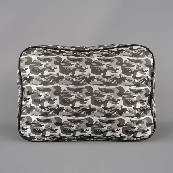 THE SUIT COMPANY Grey & Olive Nylon Toiletry Bag
