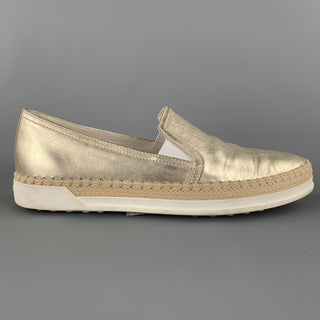 TOD'S Size 7.5 Gold Leather Slip On Flats
