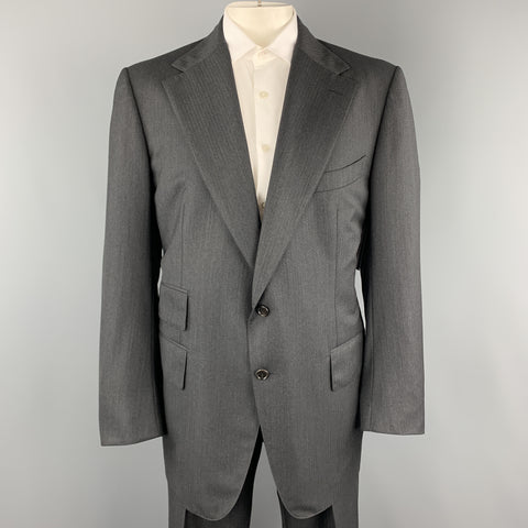 TOM FORD Size 50 Charcoal Wool Herringbone Notch Lapel  Suit