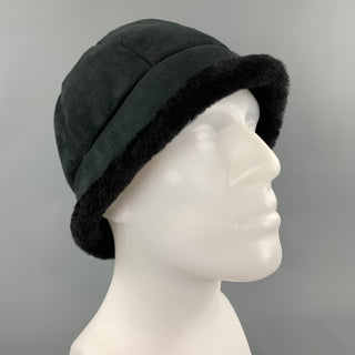 EMU Size M/L Black Shearling Winter Beanie