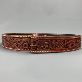 VINTAGE Size 32 Brown Carved Leather Money Belt Strap