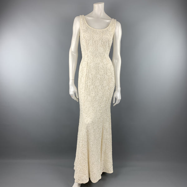 CARMEN MARC VALVO Size 4 Cream Beaded Lace Overlay Sleeveless Gown