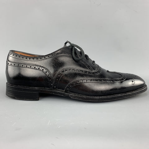 Vintage CHURCH'S Size 10.5 Black Leather Wingtip Lace Up Brougues