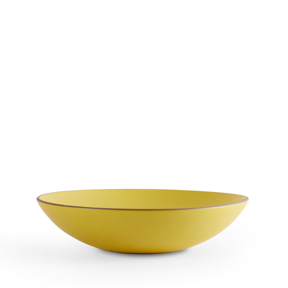 Shallow Salad Bowl in Lemongrass Image 1