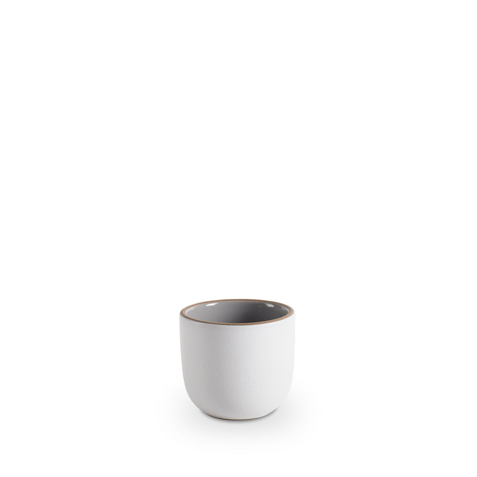Small Modern Cup in Light Grey Whale/Chalk Image 1
