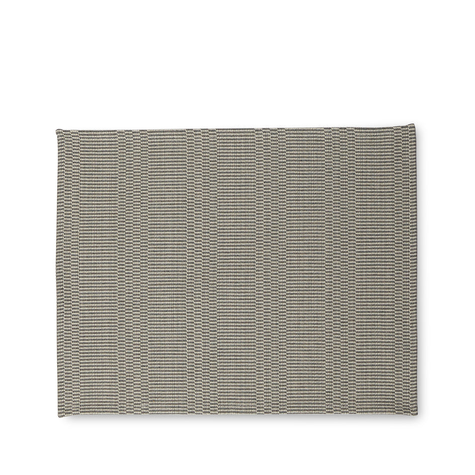 Eos Placemat in Light Grey Image 1