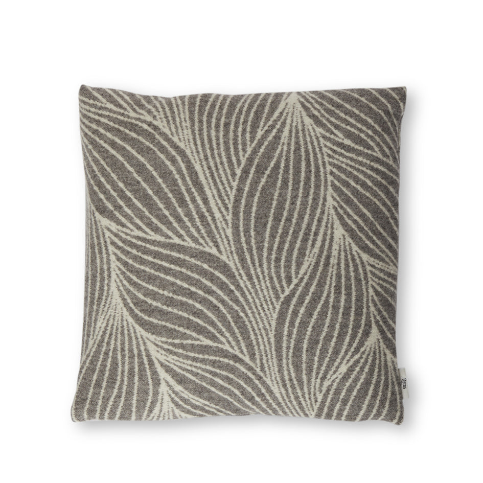 Flette Pillow in Grey Image 1