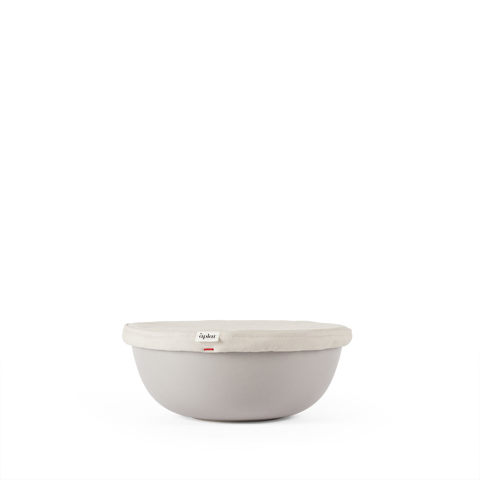 Couvre-Plat Round Medium Bowl Cover in Stone Image 1