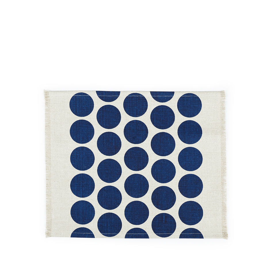 Wilde Linen Solid Circles Placemat in Blue Image 1