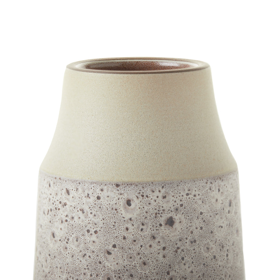 Neck Vase in Vanilla Bean and Matte Brown Image 3