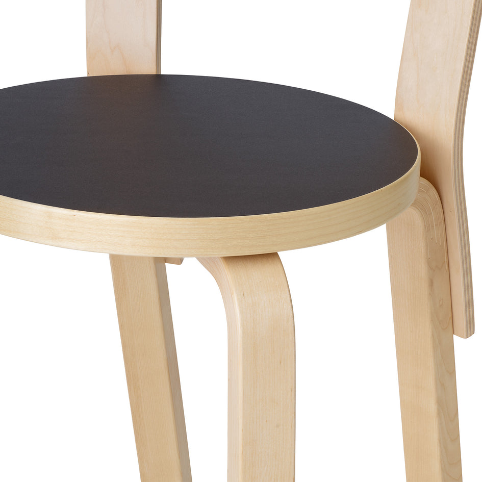 High Chair K65 in Natural and Black Linoleum Image 3