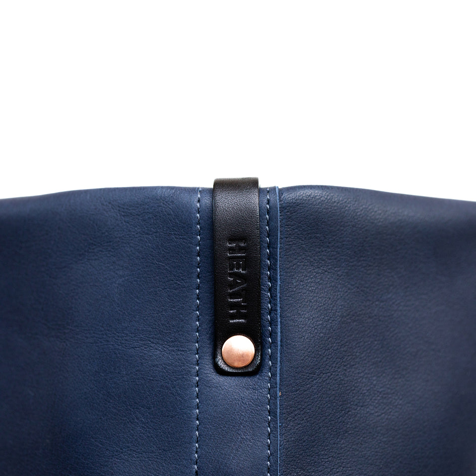 Leather Tote in Midnight Image 4