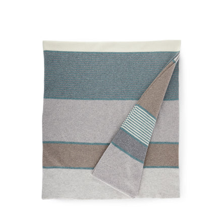 Merino Lambswool Regatta Throw in Smoke