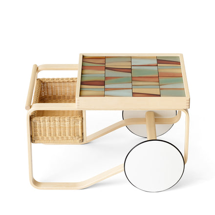 Tea Trolley 900 in Landscape