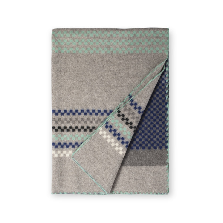 Toskaft Throw in Grey Turquoise Image 1