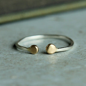 Beta Lyrae Stacking Ring - Hammered Band with Double Droplets at Opening