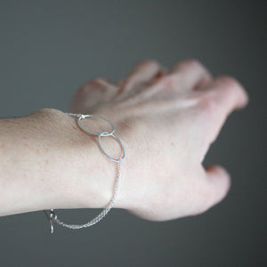 Love Bracelet - Simple Intertwined Ovals with Delicate Double Chain