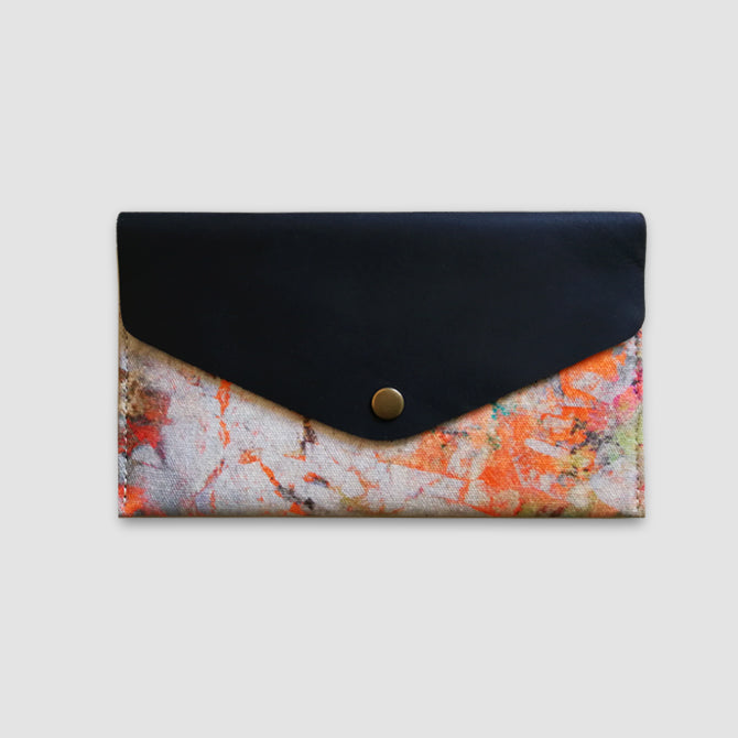 Clara Travel Wallet