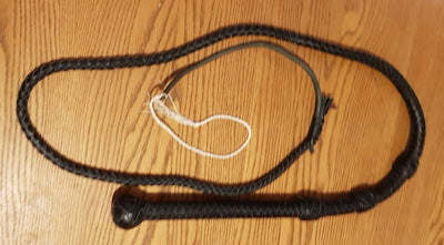 black plaited 5ft bull whip with 3 transition knots and fall and cracker