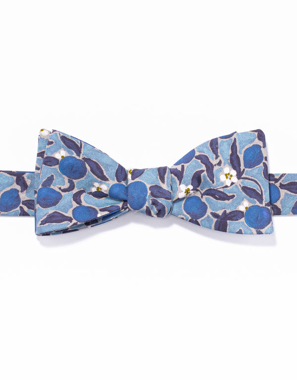 J. PRESS LIBERTY PRINT BOWTIE - BLUE
